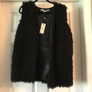 Furry sleeveless coat